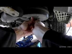 Toyota Dyna: меняем масло и фильтра своими руками