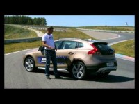 Тест-драйв Volvo V40 Cross Country 2013 в программе