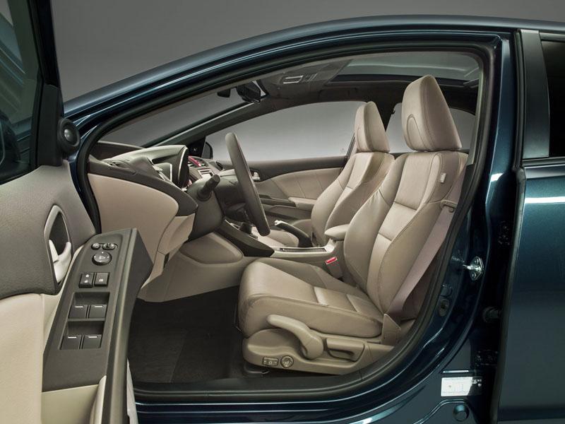 Фото Honda Civic hatchback 2012