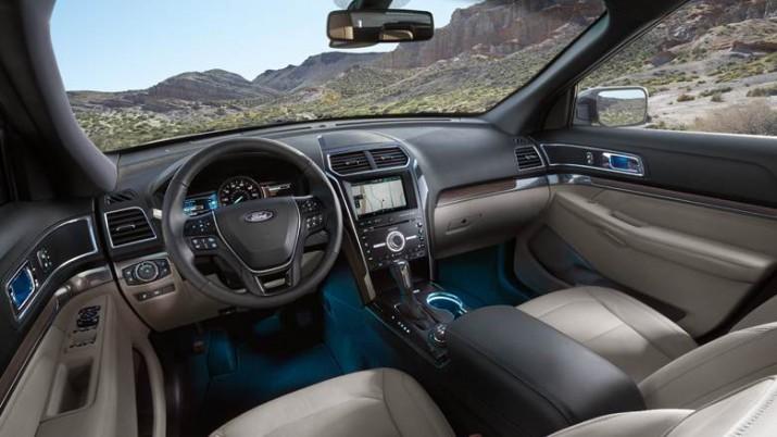 Ford Explorer интерьер