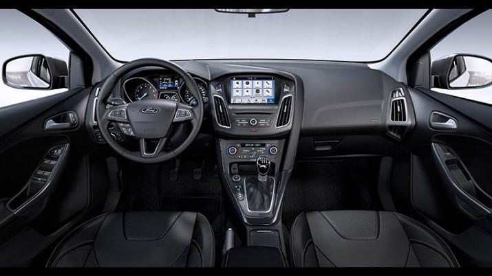 Ford Focus интерьер