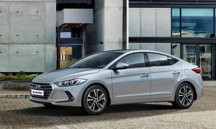 Hyundai Elantra экстерьер
