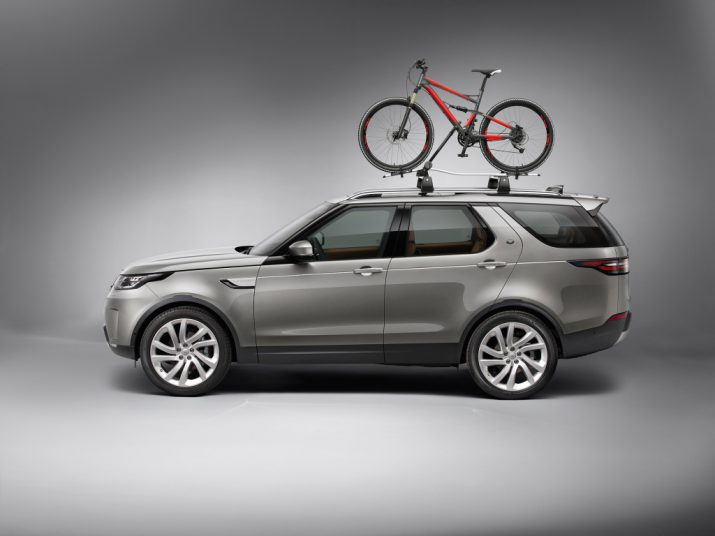 Land Rover Discovery с велосипедом