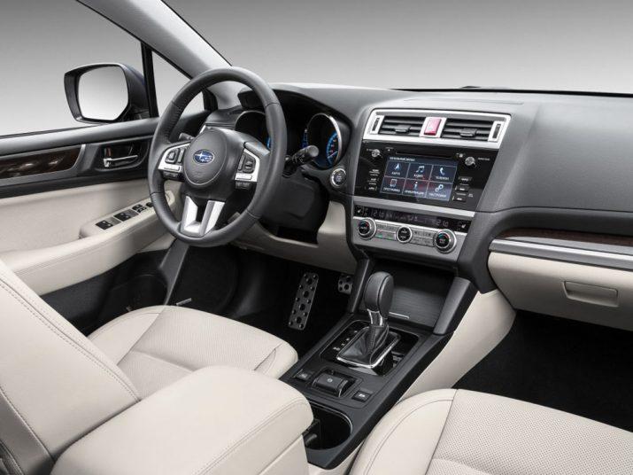 Subaru Outback интерьер