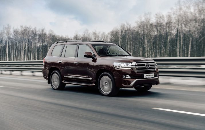 Toyota Land Cruiser 200 экстерьер