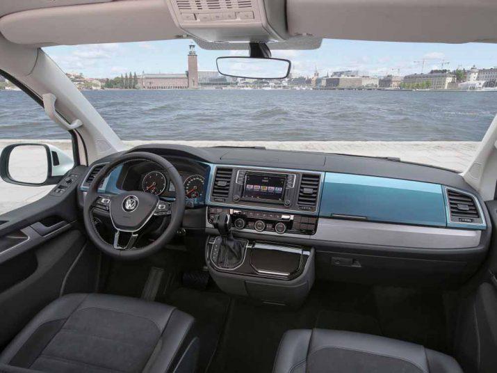 Volkswagen Multivan интерьер