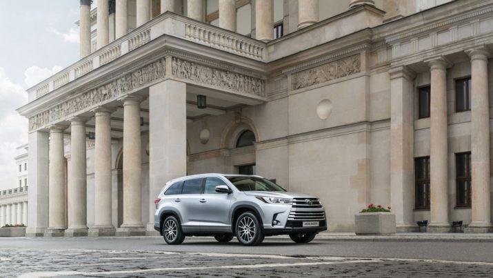 Toyota Highlander экстерьер