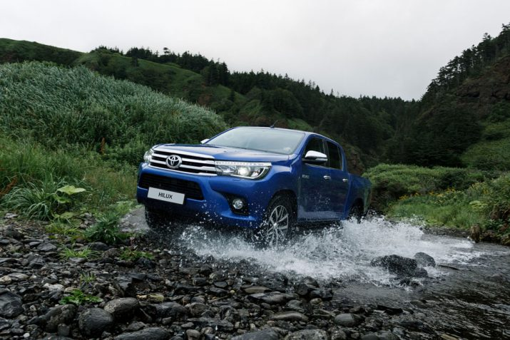 Toyota Hilux экстерьер