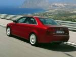 Audi A4 2004 фото02