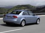 Audi A4 2004 фото12