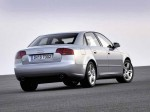 Audi A4 2004 фото18