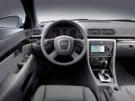 Audi A4 2004 фото22
