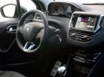 Peugeot 208 2012 12