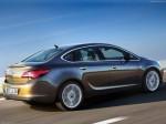 Opel Astra седан 2012 2