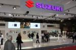 Suzuki S-cross на автосалоне в Париже 2012 Фото 003