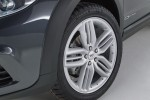 Qoros-3-Estate-4[2]