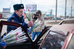 8 марта 2013 - Hyundai с ГИБДД поздравляют атоледи - Волгоград Фото 13