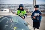 8 марта 2013 - Hyundai с ГИБДД поздравляют атоледи - Волгоград Фото 5