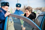 8 марта 2013 - Hyundai с ГИБДД поздравляют атоледи - Волгоград Фото 9