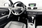 Opel-Astra-vs.-Renault-Fluence-12