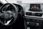 Новая Mazda 3 Фото 04