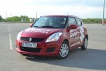 Suzuki Swift фото 09