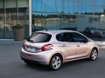 Peugeot 208 2014 Фото 05