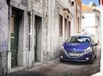 Peugeot 208 2014 Фото 09