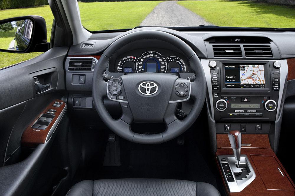 Тойота камри 2014 фото