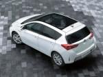 Toyota Auris-2