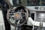 BMW X4 vs Porsche Macan Фото 06