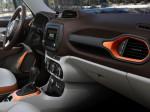 кроссовер Jeep Renegade 2015 Фото 05