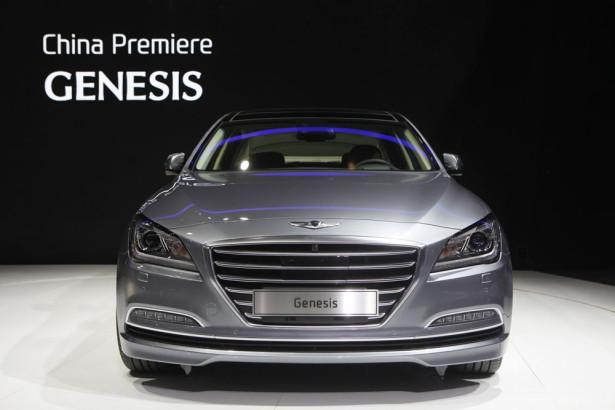 Hyundai Genesis 2014 Фото 02