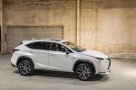 Lexus NX 2015 фото 15