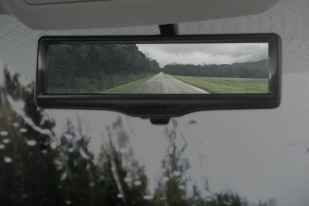 Зеркало заднего вида с камерой Nissan 02