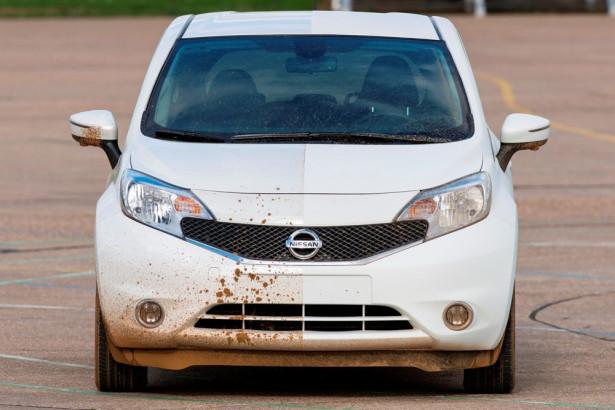 Nissan тестирует самоочищающийся автомобиль Фото 02
