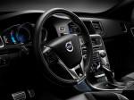 Volvo V60 Plug-In Hybrid R-Design 2015 Фото 06