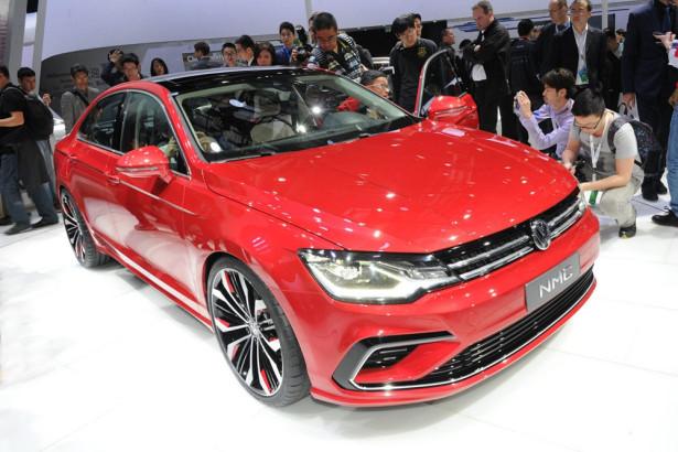 концепт Volkswagen New Midsize Coupe 2014 Фото 06