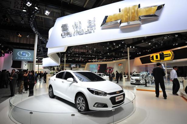 производство Chevrolet Cruze 2015 Фото 01
