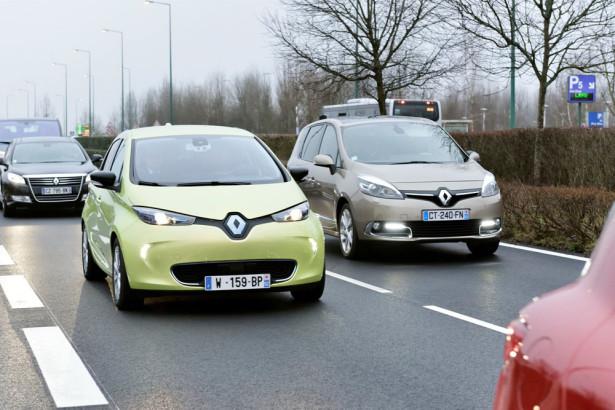 автономные автомобили Renault 2014 Фото 01