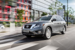 Nissan Pathfinder 2015 Фото 17