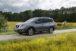 Nissan Pathfinder 2015 Фото 18