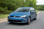 электрический Volkswagen e-Golf 2014 Фото 03