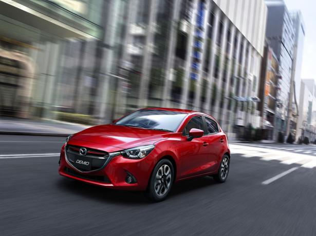 Mazda 2 2014 фото 02