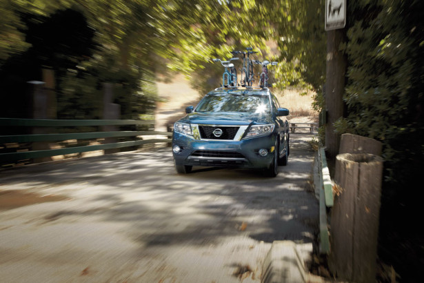 Nissan Pathfinder 2015 Фото 1