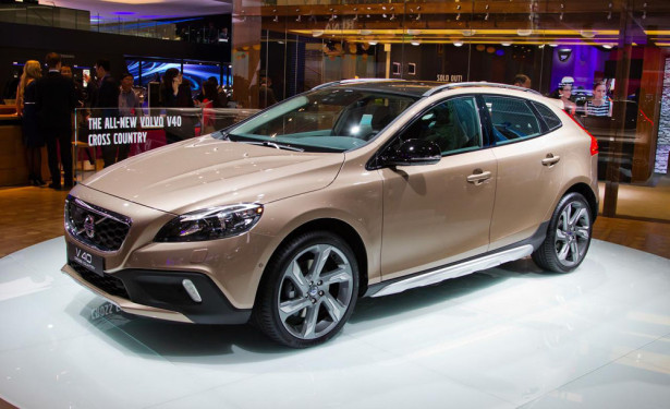 Volvo V40 Cross 2015