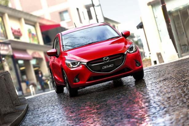 Mazda 2 2015 Фото 4