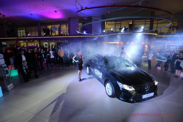Toyota Camry 2015 Волгоград Агат Фото 21