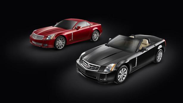 (L to R) 2009 Cadillac XLR-V and XLR. X09CA_XL012  (United States)