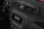 Jeep Renegade 2015 Фото 17